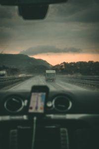 Jak przygotować samochód do dalekiego wyjazdu na urlop?